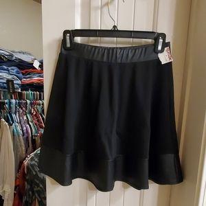 Adorable black skater skirt